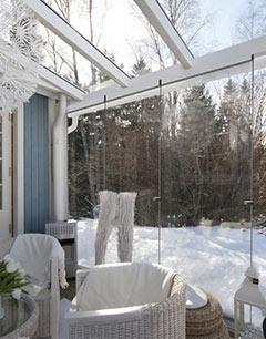 porch-glazing-in-winter